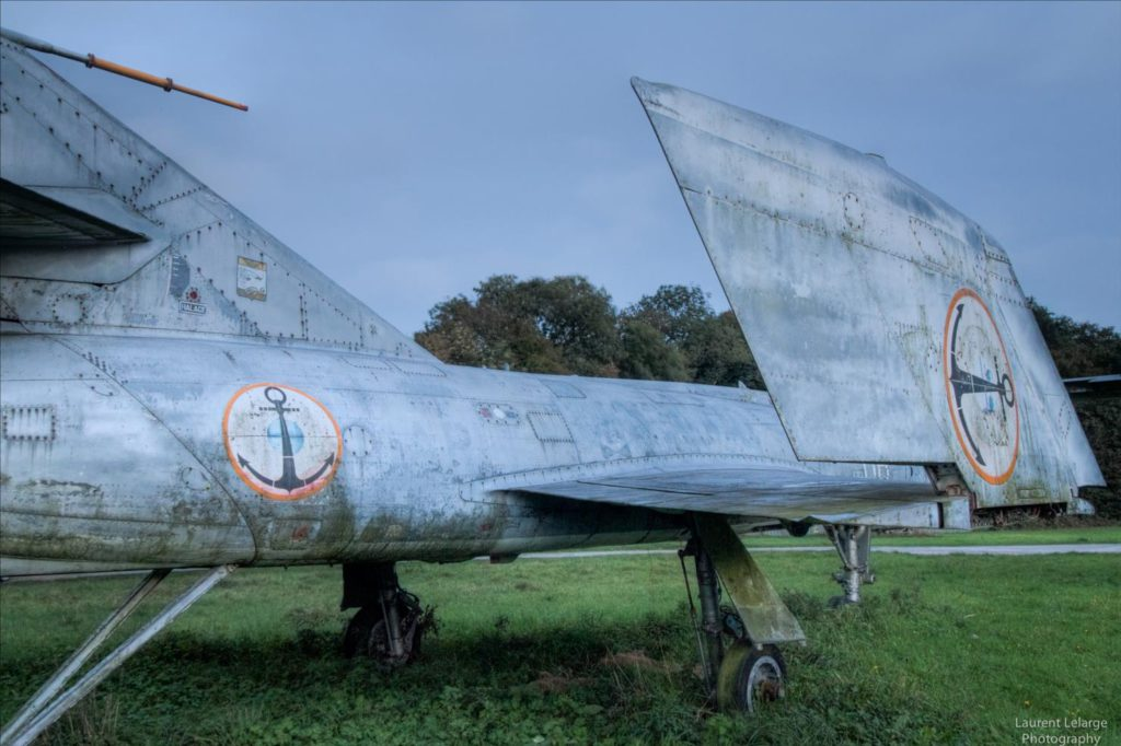 Photo Urbex Cimetiere Avions (9)