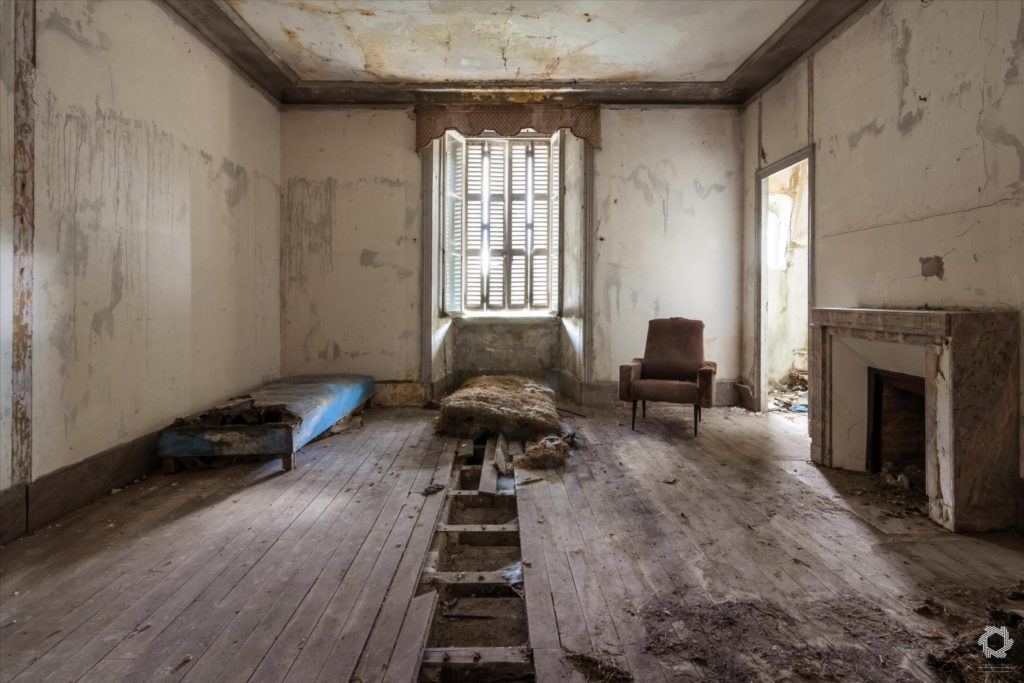 Photo Urbex Manoir Ecrivain Laurent Lelarge (14)