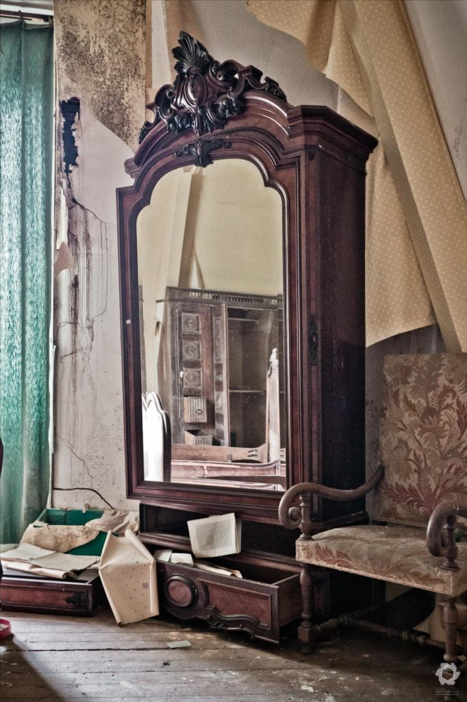 Photo Urbex Manoir Livres Laurent Lelarge (10)